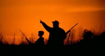 Κυνηγοί με ψηλά το κεφάλι… καλούν κοντά τους νέους και νέες