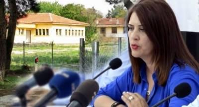 Νικολάκου: «Επικείμενη μετατροπή σε ανοιχτό κέντρο κράτησης του στρατοπέδου της Κορίνθου»