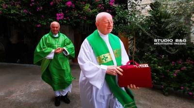 Νέος εφημέριος στην καθολική εκκλησία του Ναυπλίου (photos)