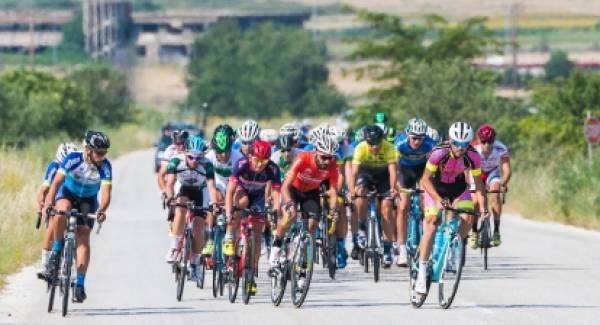 Επιλύεται το θέμα των αδειοδοτήσεων των αγώνων ποδηλασίας δρόμου
