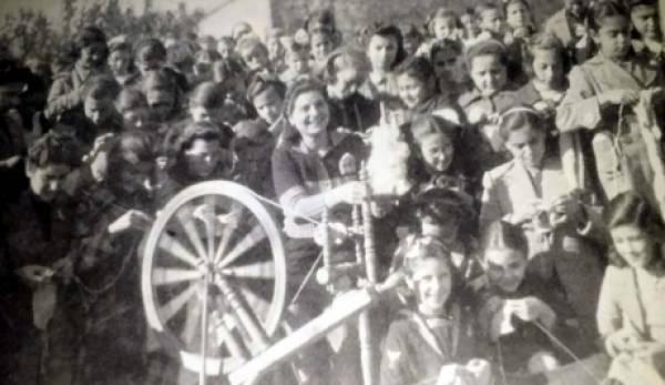 1940 : «Η Φανέλα του Στρατιώτη» στη Σπάρτη