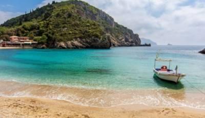 Στις δέκα πιο ασφαλείς ευρωπαϊκές παραλίες για τις φετινές διακοπές δεν υπάρχει η Πελοπόννησος!