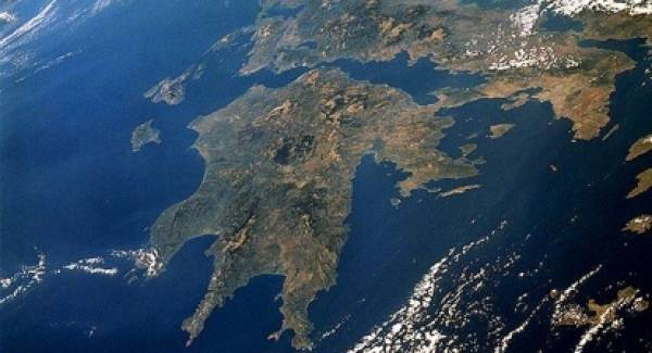 Σύσκεψη κορυφής Περιφέρειας – Επιμελητηρίων Πελοποννήσου