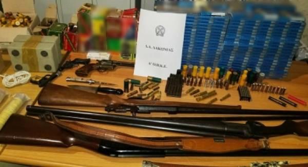 Συνελήφθησαν με όπλα, κροτίδες και λαθραία τσιγάρα