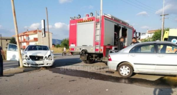 Τροχαίο με τραυματισμό στην Τρίπολη (photos-video)