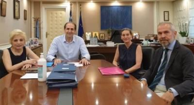 Συνάντηση εργασίας για την Ελαφόνησο με πρωτοβουλία Δαβάκη
