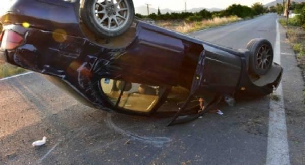 Εκτροπή - ανατροπή αυτοκινήτου με τραυματισμό στην Αργολίδα (photos)
