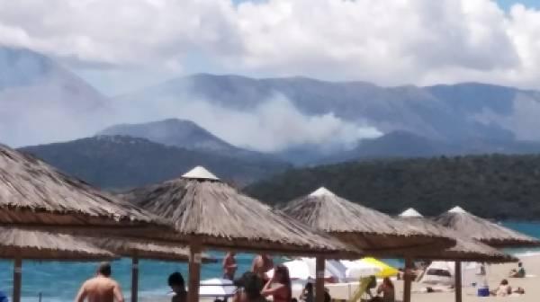 Πυρκαγιά στη Μάνη καίει δασική έκταση