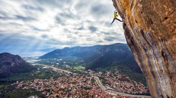 Ο Δήμος Νότιας Κυνουρίας διαφημίζει τους  επαγγελματίες του τουρισμού!