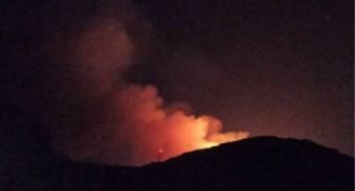 Σε εξέλιξη η φωτιά στη Χρυσοκελλαριά Μεσσηνίας