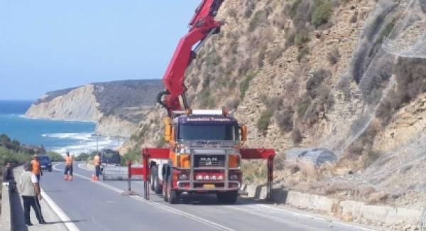 Τοποθέτηση διχτύων προστασίας στον περιφερειακό δρόμο Μεθώνης –Φοινικούντας