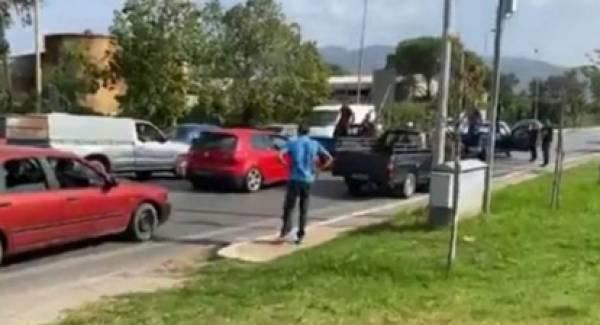 Στον αστερισμό των Ρομά η Μεσσήνη! Επίδειξη δυσαρέσκειας και δύναμης απέναντι στην Αστυνομία! (video)