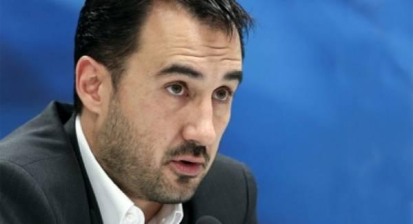 Χαρίτσης: «Φτάσαμε στο σημείο ο Άδωνις Γεωργιάδης να κατηγορεί τον Αλ. Τσίπρα ότι κάνει πλάτες στη Χρυσή Αυγή».