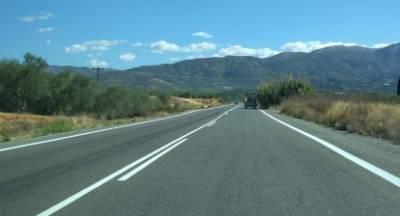 Συνεχίζονται οι διαγραμμίσεις στο οδικό δίκτυο της Λακωνίας