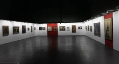 Μεγάλη επισκεψιμότητα στη σπουδαία έκθεση ζωγραφικής στο Μέγαρο Χορού Καλαμάτας