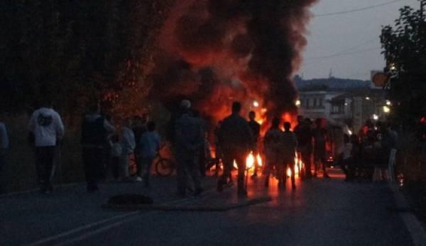 Απειλούν να πάρουν τα όπλα οι Ρομά της Σπάρτης γιατί «αδικήθηκε» ομόφυλός τους! (video/photos)