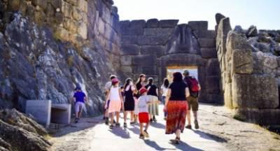 Συμμορία ξάφριζε τουρίστες στη Πελοπόννησο