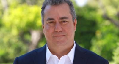 «Mr Costa Navarino» κάνει την κρίση ευκαιρία!
