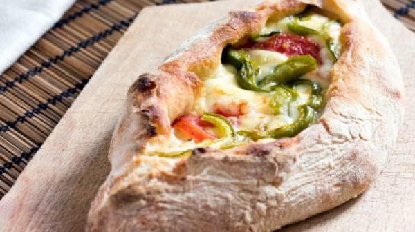Η αποθέωση του πεϊνιρλί στο The Mafia Pizza Casual Food Bar