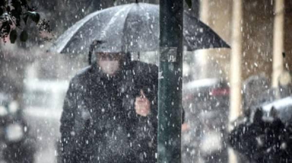Βροχές και καταιγίδες στην Πελοπόννησο τα ξημερώματα της Πέμπτης