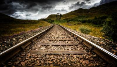 «Κίνδυνος να αποκοπεί το σιδηροδρομικό δίκτυο της Πελοποννήσου»