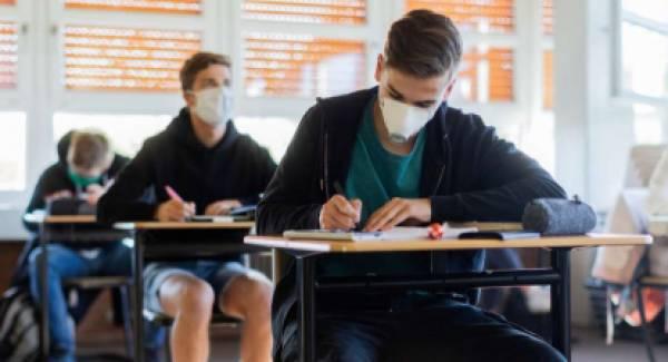 Μέχρι τέλος Νοεμβρίου αιτήσεις για Πανελλήνιες εξετάσεις του 2021