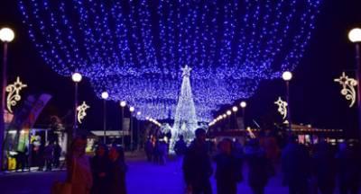 «Ανάβουν» τα Χριστούγεννα στην Πάτρα!