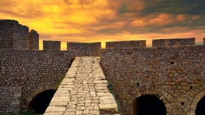 Το κάστρο της Πελοποννήσου που έβαζαν στόχο οι Πειρατές!