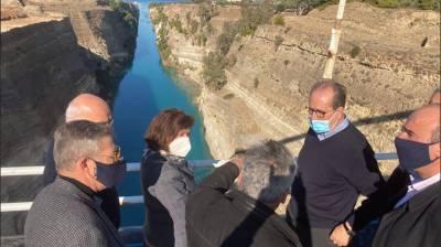 Μέτρα για την αποκατάσταση της ασφαλούς ναυσιπλοΐας στην διώρυγα της Κορίνθου αποφασίστηκαν σε σύσκεψη στον Ισθμό