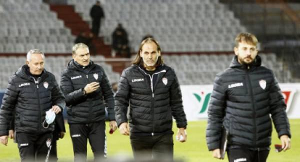 Ο γυμναστής Χρήστος Τσαγκαρούλης στο τεχνικό team της ΑΕΛ