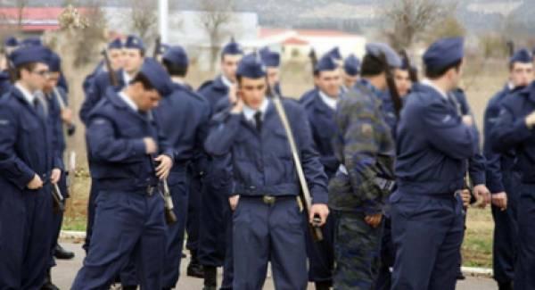 Στη Βουλή από το ΚΚΕ η έκθεση στρατευμένων στον κορονοϊό!