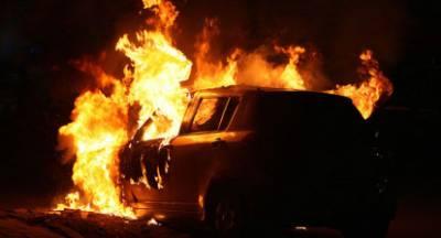 Κάηκε ολοσχερώς αυτοκίνητο στη Βόχα Κορινθίας