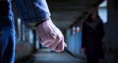 Τον στραβοκοίταξε και αυτός τον μαχαίρωσε!