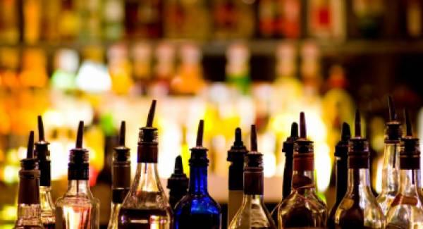 «Πότιζαν» Αρκαδία και Αττική με λαθραία ποτά από τη Βουλγαρία!