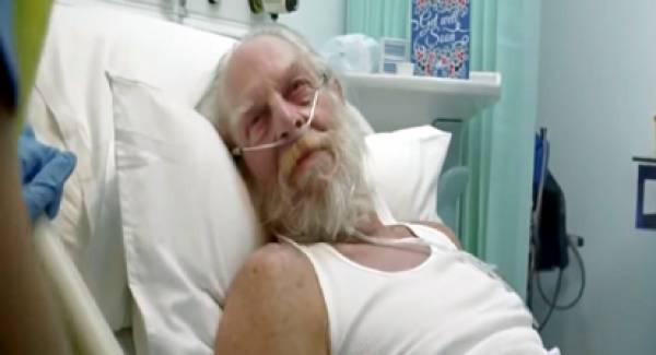 Στο νοσοκομείο με κορονοϊό ο Άγιος Βασίλης… (video)