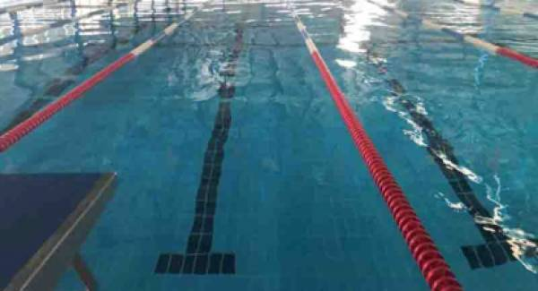Θερμομονωτικό κάλυμμα στο Κολυμβητήριο Ναυπλίου