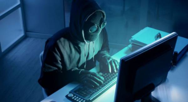 Προσοχή! Χάκερ υπέκλεψαν κωδικούς και άρπαξαν 3.500€
