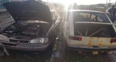 Κάηκαν δύο οχήματα στην Τρίπολη