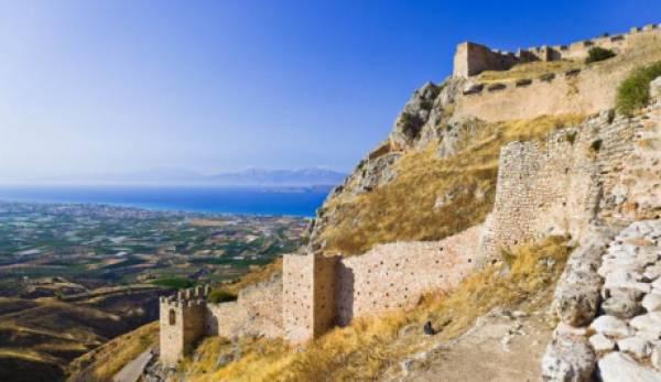 Ούτε ένας ούτε δύο αλλά 21 οι λόγοι που το Euronews προτείνει την Ελλάδα για διακοπές το 2021