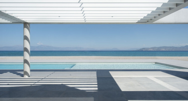https://cdn.np-media.gr/media/news/2021/01/11/57712/photos/snapshot/2021-01-11_57_beach-house-neratza12.jpg