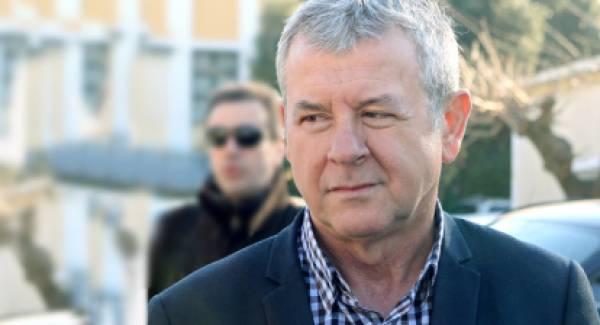 Ο Πρόεδρος της ΠΟΕΔΗΝ διαμαρτύρεται για τα κρούσματα στη Σπάρτη