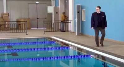 Υπερήφανος ο δήμαρχος Άργους που παρέδωσε, όχι μακέτα αλλά, ένα σύγχρονο Κολυμβητήριο στους δημότες (video)