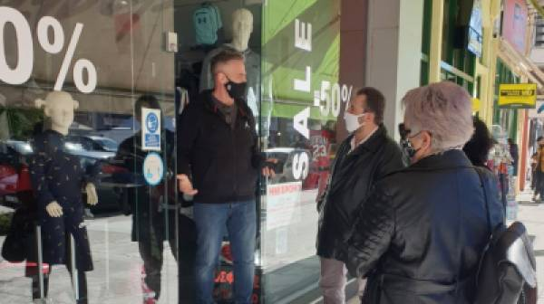 Περιοδεία Σταύρου Αραχωβίτη στα καταστήματα της Σπάρτης (photos)