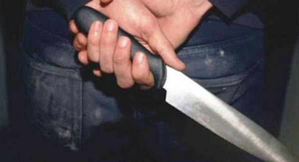 Σε δίκη η μητέρα που μαχαίρωσε την ανήλικη κόρη της και τον άνδρα της στην Κόρινθο