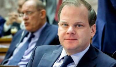 Καραμανλής: «Άμεση προτεραιότητα η αναβάθμιση του αεροδρομίου Καλαμάτας»