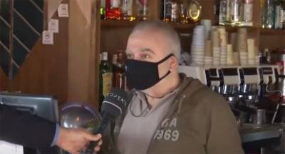 Ιδιοκτήτης καφέ: Κλείστε μας… να ησυχάσουμε (video)