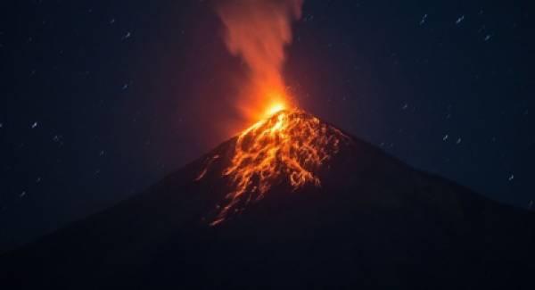 Γουατεμάλα: Σε φάση έκρηξης εισήλθε ξανά το ηφαίστειο Φουέγο