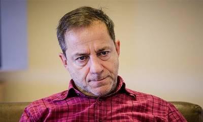 Συνελήφθη ο Δημήτρης Λιγνάδης. Εκδόθηκε ένταλμα