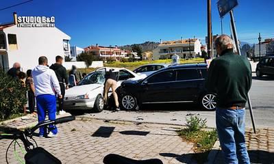 Τροχαίο ατύχημα με τραυματισμούς στο Ναύπλιο (photos)