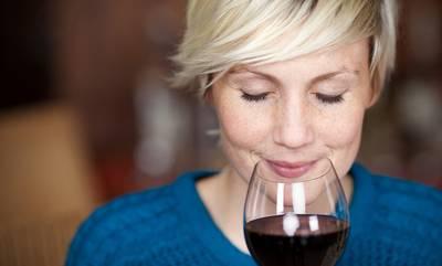 Οι Σουηδοί γνωρίζουν τα Κορινθιακά κρασιά